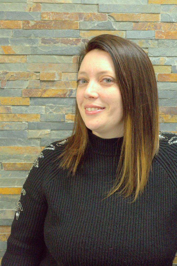 Nathalie-Reponsable-et-Coiffeuse-Hair-Avenue-43-Brest-3
